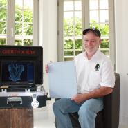 17.08.2015 Batteriebetriebenes Röntgensystem für Gorilla Doctors